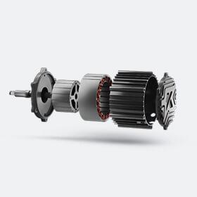 Rangeri mootor on täiesti ainulaadne tänu oma BLDC-tehnoloogiale, mis võimaldab kõige paremini aku täit potentsiaali kasutada. Kõik meie mootorid on käsitsi meisterdatud Kubergi tehnikute ja inseneride poolt.